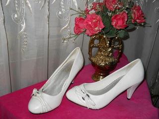 продам туфли для карнавала размер:36 за 50 лей