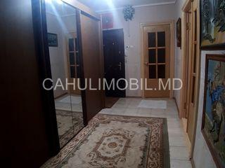 Продается 3-х комнатная квартира, р-н Лапаевка, Кагул!