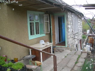 2 дачных участка 25 км от Кишинёва в строну Оргеева 4 900 € и 2800