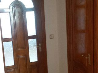 Apartament 3 camere de vinzare