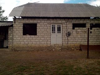 Se vinde casa cu lot de pamint in or. Orhei, s.Step-Soci, 5 km de la Orhei