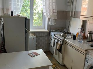 Apartament bun in Straseni