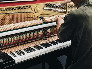 Servicii profesionale de acordare și reglarea mecanizmului a pianului în Chișinău(Republica Moldova)