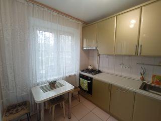 Ботаника. Траян. Большая, удобная квартира в хорошем состоянии.