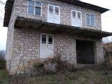 Se vinde casa in Lucașeuca