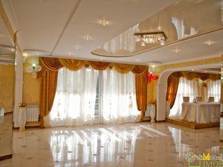 Sala de ceremonii,sauna functionala si apartament cu 3 odai