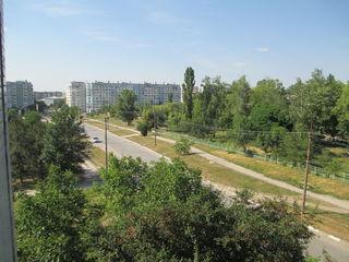 Сдается 3-комнатная квартира. БАМ, Конева 34, 750 леев, меблированная, телевизор, холодильник..