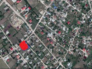 Vând teren în satul Sireți, r. Strășeni, în zona Mănăstirii, 11,7 ari