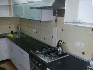 Apartament cu 3 odai casa noua 300€Buiucani