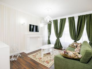"2 - ком. VIP апартаменты возле т/ц "" Jumbo "",холл студия + спальня !!!"