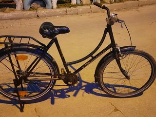 Bicicletă clasică pentru domnișoare, doamne. Классич дамский велосипед.
