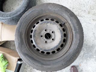 Vind o roata de rezerva. Premiorri 195/65 R15C. 700 Lei Запасное колесо (запаска)