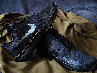 Nike Varsity / Original 100% / New / UK