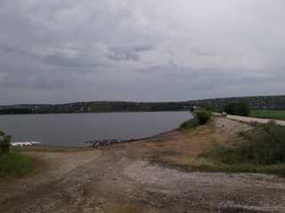 Дача 2-х эт. 100м 6 сот.  250м от Дэнчнского - Суручен. озера газ, вода от трассы 1,5 км 12500 ев