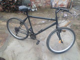 Bicicleta sport,trepte poluautomat-800lei