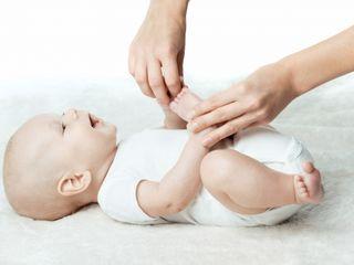 Развитие малыша посредством массажа и ЛФК