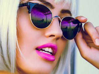 Солнцезащитные очки Polaroid.