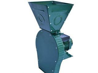 Зернодробилка MasterKraft IZKB 4000 / Бесплатная доставка / Гарантия