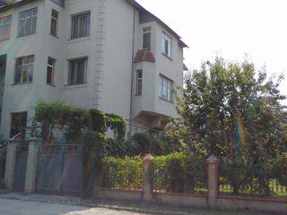 Casa regiune Dendrarium 600 m2, negociabil