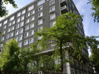 Ofertă înteresantă! Variantă albă, apartament o cameră + living 55 M2 !!!