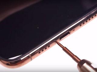iPhone XS Не поступает заряд? Приноси – исправим!