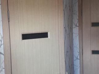 Рус-  Сдаётся по месечно/ по суточно 3 спальная квартира в частном 2х этажном доме.Новая мебель и бы