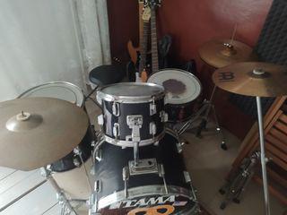 Продам акустические барабаны с шикарным звуком