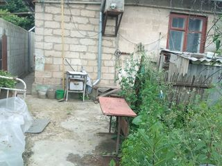 Пол дома с отдельным двором по улице Дойна на Старой Почте