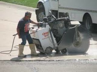 Предлагаем резку бетона, ж/б, асфальта швонарезчикам (демонтаж) до 200 мм