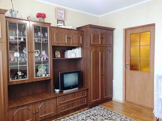Купите комнату со всеми удобствами для молодой пары в Бельцах.