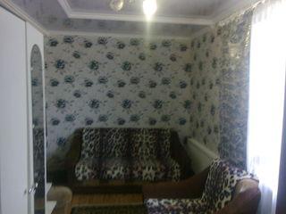 Продаю 2-х комнатную квартиру с мебелью. Торг..