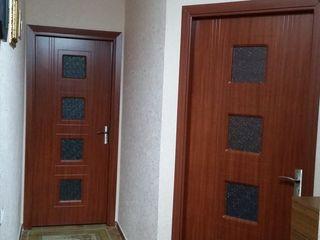 Vind apart 2 camera in apropiere parcul Sergei Lazo