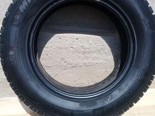 Vind anvelope 4 Michelin 195/75R16C