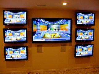 Профессиональная установка телевизора, проектора. Кронштейны разных функции