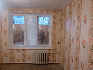 Меняю две комнаты в общежитии в Бендерах на Шелковом на автомобиль!