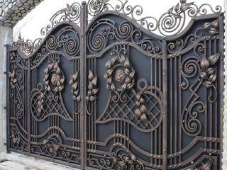 Ворота, калитки, заборы, двери, навесы, козырьки, решетки, балконы, лестницы, перила, предметы интер