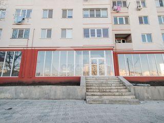 Spațiu comercial, Poșta Veche, 983 mp, 5898 € !