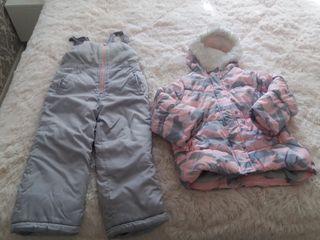 Продаю зимнюю детскую одежду на девочку