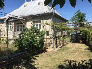 Casa în Carahasani r-nul Ștefan-Vodă