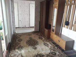 сдается в центре 3 х ком, квартира с мебелью 350лей сутки