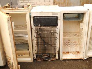 Приму в дар холодильник. вывезу сам бесплатно ненужную мебель и технику. Бельцы