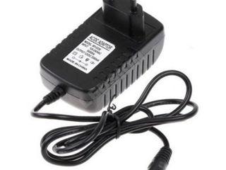 Куплю б/у зарядку (блок питания) на 17 V 1 - 5A