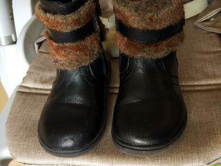 Сапожки демисезонные, кроссовки, туфли для девочки 22 размер