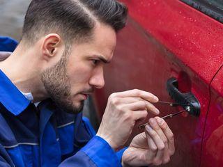Deblocarea auto. Cip cheie.