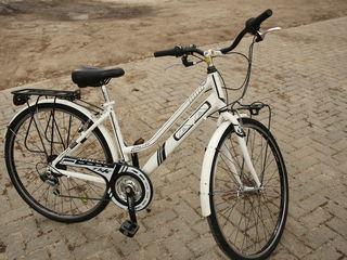 Armani bicicleta pentru dame/pentru copii ideala ca Nou din Italia