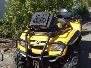 Can-Am 800 max