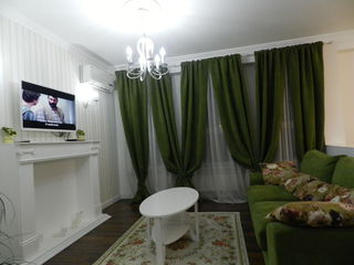 "Vip апартаменты возле т/ц "" Jumbo "",холл студия + спальня - сутки 800 лей."