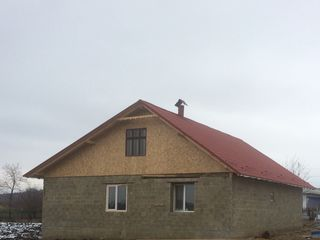 Vind casa de locuit