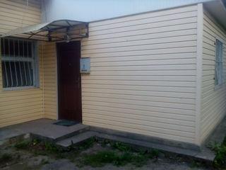 Продам 1-ком. кв., как дом на земле, г. Бельцы, центр., Торг уместен.