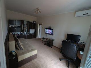 продам квартиру на ленинском. или обменяю две квартиры на дом.